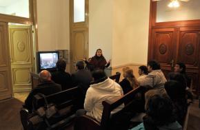Los imputados observan el testimonio de Blanca V desde una sala contigua